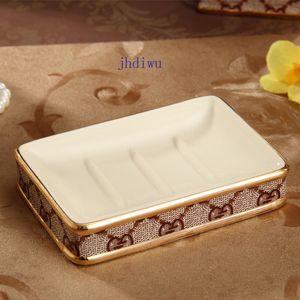 Bagno in ceramica 5PCS Set bagno Decora Spazzolino titolari G-Letter Nuovo Portasapone Retro sapone di alta qualità del supporto della cremagliera