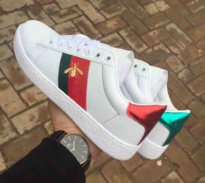 2019 Designer de Luxo Das Mulheres Dos Homens Sapatilha Sapatos Casuais baratos Low Top Itália Marca Ace Listras de Abelha Sapato Caminhada Formadores tamanho 36-44