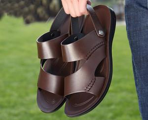 Whosale Casual chaussures fond mou sandales pour hommes d'été en cuir 2019 nouvelles pantoufles à double usage antidérapante sauvage sandales en cuir décontractée marée hommes