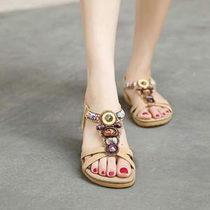 Nouveau Femmes Mode Sanda Doux perles clip Toe Flats Bohême Chevrons Sandales semelles en caoutchouc antidérapants chaussures d'été solides 2020