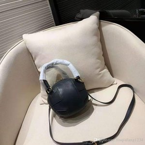 Nuevas correas ovales extraíbles Modelado de baloncesto Mini bolso de cuero genuino inclinado Hombro Bolsos de mujer Bolsos de diseño vintage Tote