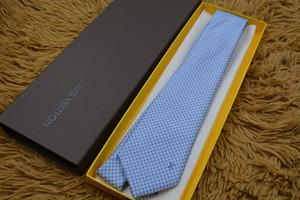 Laços dos homens Nova Marca Homem carta Moda Listrado Gravatas Hombre Gravata Gravata Fina Clássico Business Casual Tie Verde Para Os Homens 776