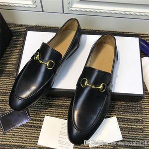 ارتفاع جودة الإنتاج الجلد العجل الأسود مع المشمش التقليد تسولي جلد الأحذية في الماشية الأعمال، مع مربع