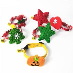 사랑스러운 개 / 고양이 목걸이 할로윈 축제 개 장식 천 목걸이 크리스마스 테마 조절 레드 칼라 애완 동물