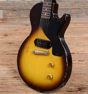 Custom 1957 Junior Sunburst Sunburst / темно-коричневая тяжелая реликвия Электрическая гитара One Piece Mahogany Body Peake, черный P90 Pickup, Wraparound Haultsife