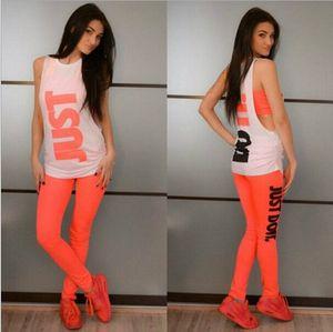 2019 European Fashion Tre pezzi di stampa Suit Top Skirt Pants Set Sportwear Donna Abiti Due pezzi Vestito Sport Tuta FS5938