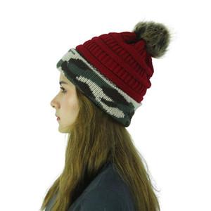 Kafatası Beanie Kadın Outdoor unisex Kış Kadın Örme kasketleri Pom top Şapka Sıcak kamuflaj patchwork Yün LJJA3390 Caps