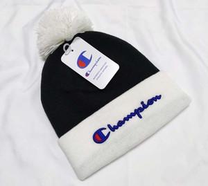 CANADÁ marca de invierno los hombres gorrita mujeres Bonnet diseñador de moda hip hop tejer informal cráneo Gorros pompón tapas hats2 exterior