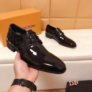 Nuevos zapatos casuales de estilo clásico de los hombres salvajes de lujo del banquete vestido de moda vestido de los hombres mayores zapatos de charol