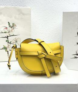 vente chaude nouveaux sacs de selle de dame à la mode avec ceinture de nouveaux sacs à rabat en cuir véritable véritable style une épaule sacs de message crossbody