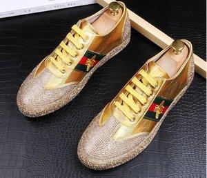 2019 de alta qualidade Moda homens de strass prata ouro vermelho cor mista sapatos causais mocassins homens dirigindo fundo de borracha anti-derrapante para os homens 38-44