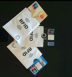 Блокировка корпуса протектора держателя кредитной карты с защитным рукавом RFID
