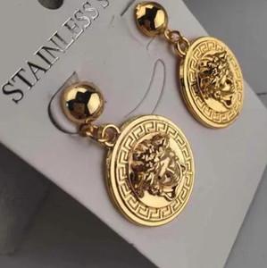 Hot Luxury Double Letter Earrings Famoso Diseñador Pendientes Stud Party Joyería de la boda Día de San Valentín presente Accesorios 5725