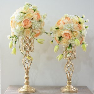 YFMY Free shipping gold color Electroplated iron candlestick Candle Holders 3 sizes home ornaments decoration handmade crystal flower stand