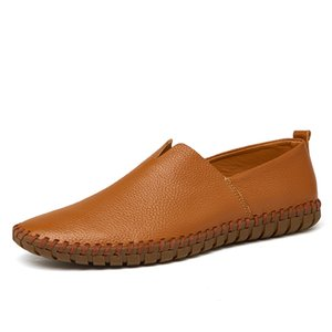 Uomo scarpe da guida 2020 degli uomini dei fannulloni del cuoio genuino scarpe di moda a mano morbida e traspirante Mocassini Appartamenti Slipe su scarpe