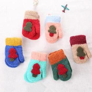 Детская елка перчатки мальчики девочки милые вязаные перчатки открытый зима теплые варежки конфеты цвет варежки Детские аксессуары 6 цветов WY28Q