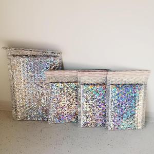 Saco Envelope 50PCS / Pacote Prata Laser embalagem de transporte da bolha Mailer Laser folha de plástico acolchoado Envelope Gift Bag Divulgação