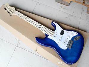 Guitare électrique avec Transparent corps bleu et blanc pickguard et peut être personnalisé comme demande