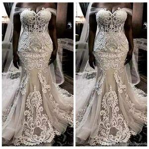 Robes de mariée de la miroir de la dentelle africaine bon marché Robes de mariée Crystal 2019 Plus Taille Vestidos de Novia Vintage Robes de mariée avec voile gratuit