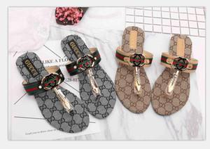 01 Frauen Slide Sandalen Designer-Schuhe Luxus Slide Summer Fashion breite flache Slippery mit dicken Sandalen Slipper Flip Flops Größe 35-42