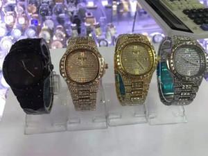 Diamant Herren / Herren / Herren-Uhr für Frauen Luxuxdamen Golduhr Minimalist Analog Quarz Movt Einzigartige Female Iced Out Uhr