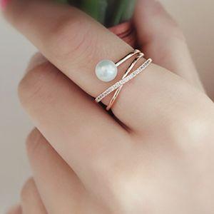 2020Rose Gold überzogen X Ring CZ Criss Cross stapelbare Hochzeit Finger-Ring Adjustable für Frauen