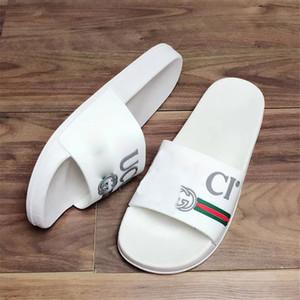 Pantoufles à la mode avec logo imprimé INS Style Pantoufles femmes pour Summer Beach Brand Pantoufles Extérieures pour Hommes