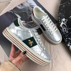2018 جديد شعبي المرأة جلدية مصمم أحذية فرنسا عارضة الراحة تنفس السيدات الشقق Cparty فساتين أحذية الحجم 35-40 أحذية ماركة