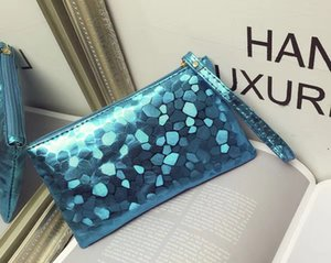 High quality Hot makeup bag cosmetic bag ladies handbags high quality fashion coin purse mobile phone bags promotional gift bag