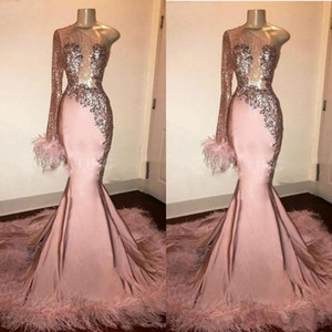 2020 Glitter Sequin Prom Dress pink Long Sleeve Mermaid Black Girl with Feathers Train One Shoulder African Formal Evening Gowns vestido