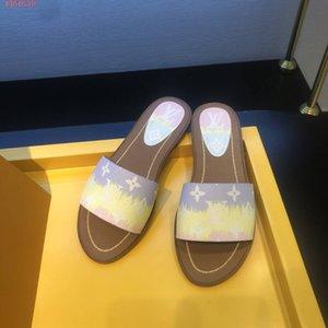 Sıcak Yeni Kadın ESCALE KİLİDİ BT DÜZ MULE kadın terlik kutusu ile 1A7TO3 sandalet moda rahat en kaliteli boyutu 35-40