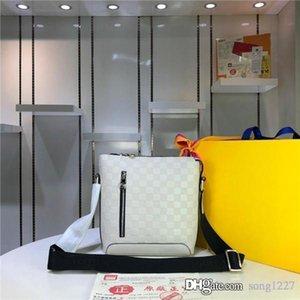 424Black و18White الكمال الحرفية منحرف حقيبة حقيبة ساعي البريد سحاب تسهيل نوعية جيدة جدا فمن الضروري أن تذهب للتسوق
