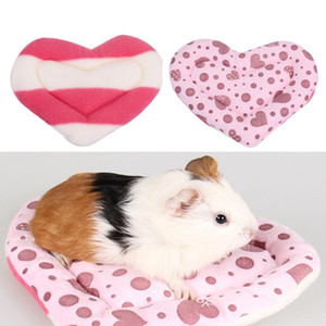 5pcs set Wholesale Soft Heart Pattern Hamster Mat Cushion Winter Warm Parrot House Mat for Hamster Squirrel Small Animals Cage House Toy