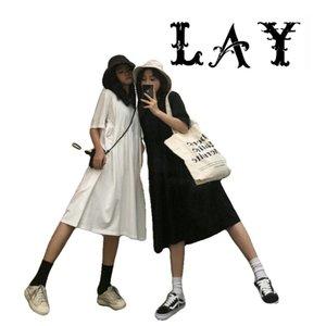 Chegada Nova Mulheres Verão 2020 Black White Casual Longo Vestidos de manga curta O-Neck Cintura alta sólidos Vestidos camisa solta para senhoras
