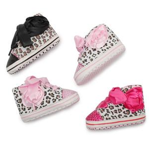 Новорожденные Повседневный Девушки мальчиков Детские Холст обувь Infantil Первый ходунки ребенок мокасины мягкое дно Холст Bebe противоскользящим Детская обувь