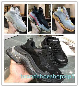 2019 donne degli uomini dello stilista pattini casuali delle scarpe da tennis Cushion Triple S 3.0 Combinazione di azoto Suola di cristallo papà dei pattini casuali SNEA 3er