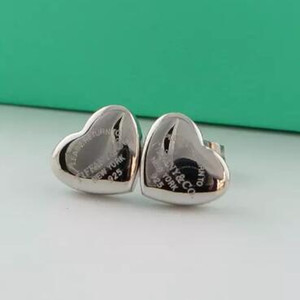 3 Farben Top-Qualität Extravagant-Art-Ohrringe Gold überzogener Ohrstecker Herz Stamp Edelstahl-Liebes-Ohrringe für Frauen Wholesale