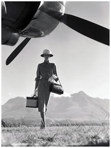 노먼 파킨슨 (Noran Parkinson) 여행의 예술 유행 1951 Art Poster Print Photopaper 16 24 36 47 인치