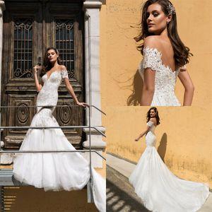 2021 Mermaid Wedding Dresses Sheer Jewel Neck Appliqued Lace Country Wedding Dress Sweep Train Custom Made Vestidos De Novia