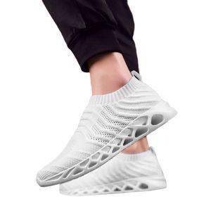 SAGACE Chaussures de sport d'été respirant Mesh Hommes Noir Blanc Confortable Léger antidérapante Casual Slip-On Chaussures de course X0106