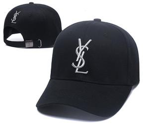 Atacado Dad Hats Boné de beisebol para homens e mulheres Marcas famosas de algodão ajustável Esporte Crânio Golf Curvo Hat