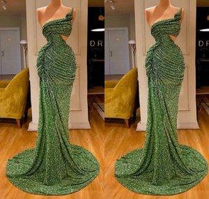 2020 Verde promenade della sirena abiti di pizzo perline scintillio una spalla alta Split Side abito da sera Tiered Gonne increspature sexy Robe de soriee