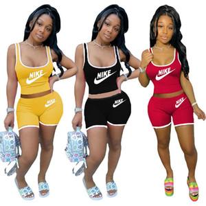 Женщины дизайнер Tracksuit Summer Два Piece Set рукава Футболка + шорты Письмо Спортивного костюм Scoop шея Эпикировка горячий КОСТЮМ 3327