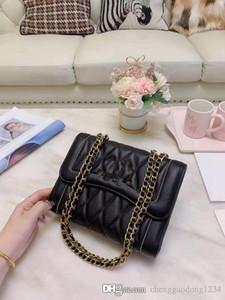 Echtes Leder Kleines Parfüm Tasche Weibliche Joker Kettenrind Umschlag Getragen einzelnen Schulter-Beutel ist ein hohe Qualität Designer-Handtaschen