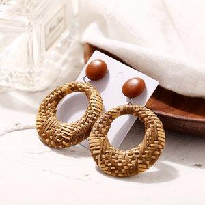 Neue Heiße Mädchen Vintage Persönlichkeit Kreative Unregelmäßige Metall Drei Perle Anhänger Ohrringe Frauen 2018 Metall Earing Hängen Trend Schmuck Mädchen
