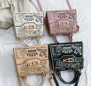 Designer Handbags Purses fashion Doodling women bags with mini lady shoulder bag Portable One Shoulder Messenger bag new fashion