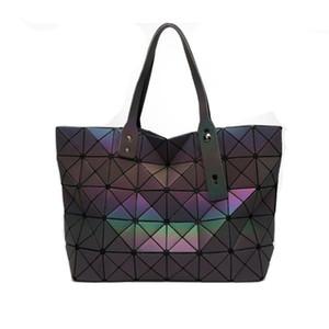 2019 Nuevos bolsos luminosos Scrub Handbags Moda Wild Diamond Geometry Rhombic Bag Hombro Bag Ladies Bag