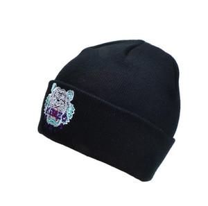 2019 Designer Mens Baseball Caps nuova marca Tiger testa Cappelli oro ricamato osso Uomini Cappello per il sole Donne casquette Gorras Sport capolettera 631