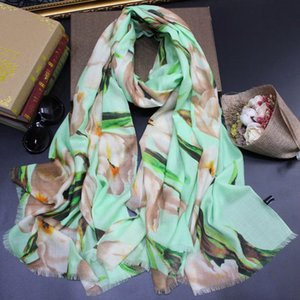 ELEGANT LADY'S SCARVES HIGH QUALITY Floral Print Cashmere Muffler 2019 NEW Winter Scarves White Black Scarfs and Shawls Wraps Hijabs Pashmin