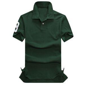 piccolo cavallo A2 del progettista del Mens di polo di marca coccodrillo ricamo uomini di abbigliamento in tessuto lettera polo collare maglietta parti superiori della camicia T casuale t-shirt